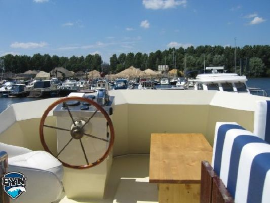 Beachcraft 12.00 Flybridge 1980 Flybridge Boats for Sale