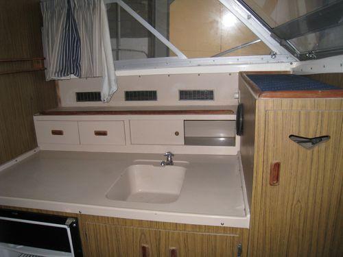 Boats for Sale & Yachts Bertram 28 Flybridge CRUISER 1980 Bertram boats for sale Flybridge Boats for Sale