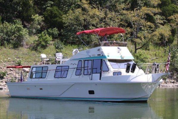1980 bluewater sedan cruiser  2 1980 Bluewater Sedan Cruiser