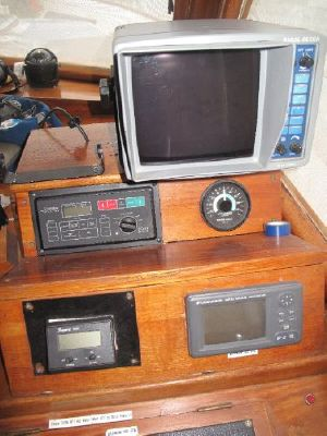 C & L Sedan 1980 All Boats