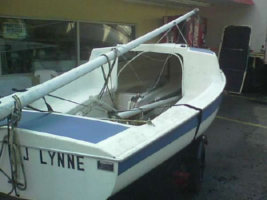 Boats for Sale & Yachts Dolphin 16 Dolphin Daysailor 1980 Sailboats for Sale