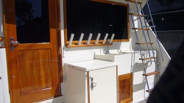 Hatteras Convertible SF 1980 Hatteras Boats for Sale