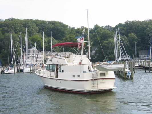 Hatteras LRC Mark II 1980 Hatteras Boats for Sale