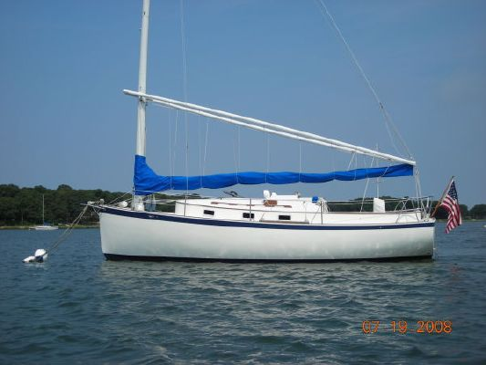 Hinterhoeller Nonsuch Classic 1980 All Boats