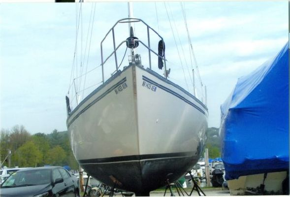 Hunter 37 Cherubini 1980 All Boats