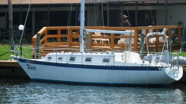 Boats for Sale & Yachts Hunter shoal draft sloop 1980 Sloop Boats For Sale