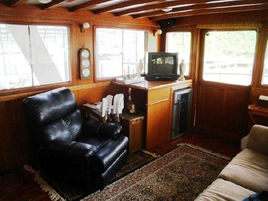 1980 marine trader 50 motor yacht  32 1980 Marine Trader 50 Motor Yacht