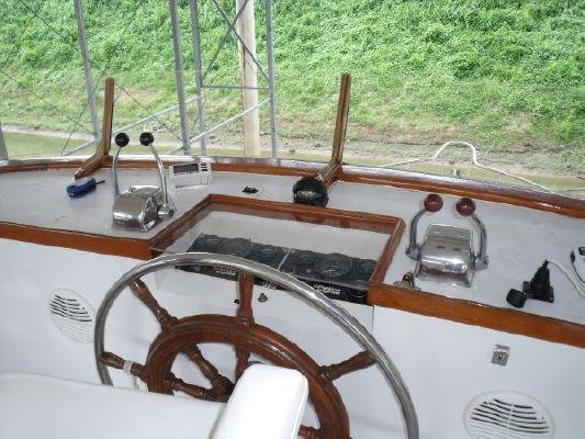 1980 marine trader 50 motor yacht  9 1980 Marine Trader 50 Motor Yacht
