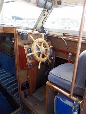 1980 mustang 31 motor sailer  4 1980 Mustang 31 Motor sailer