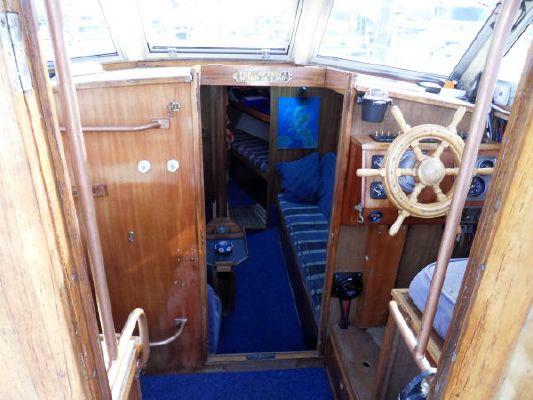 1980 mustang 31 motor sailer  9 1980 Mustang 31 Motor sailer
