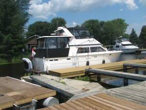 Trojan 40 Flybridge Motor Yacht 1980 Flybridge Boats for Sale