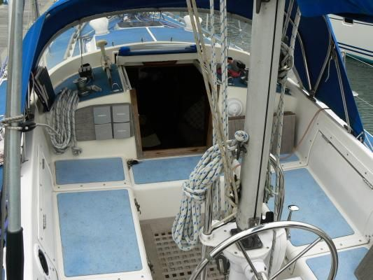 1980 westerly 33  2 1980 Westerly 33