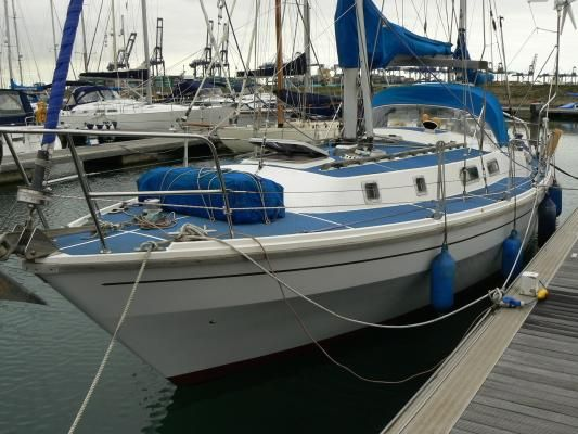 1980 westerly 33  4 1980 Westerly 33