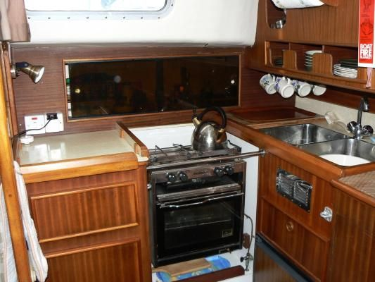 1980 westerly 33  7 1980 Westerly 33
