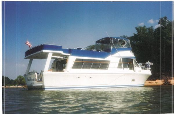 1981 bluewater tricabin  2 1981 Bluewater Tricabin
