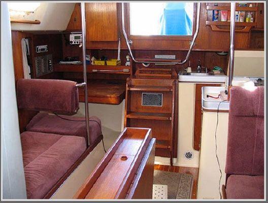 Canadian Sailcraft CS 33 1981 Sailboats for Sale