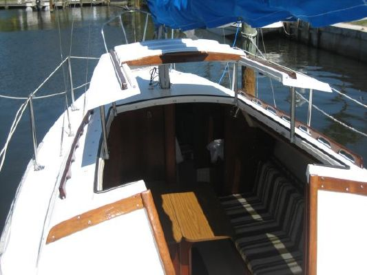 Catalina 22 For Sale >> 1981 Catalina 25' Pop Top - Boats Yachts for sale