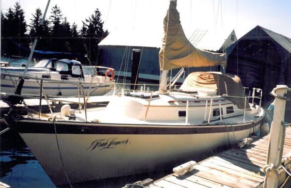 Hinterhoeller Niagara 31' Yr. 1981 All Boats