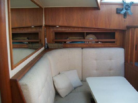 Boats for Sale & Yachts Uniflite Double Cabin 1981 Motor Boats