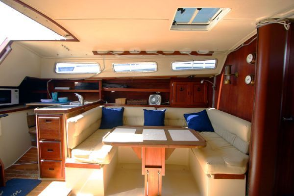 Catalina Virtual Tours! Sloop 1982 38' Catalina Yachts for Sale Sloop Boats For Sale