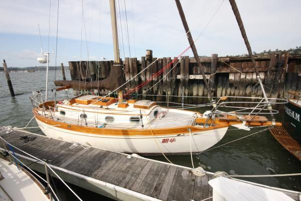 Baba Ta Shing Flying Dutchman cutter 1982 Sailboats for Sale