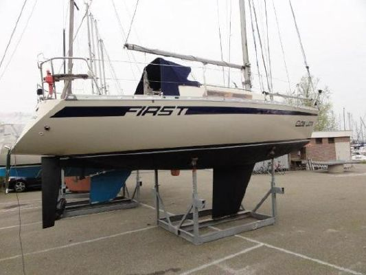 Beneteau FIRST 30E 1982 Beneteau Boats for Sale Sailboats for Sale