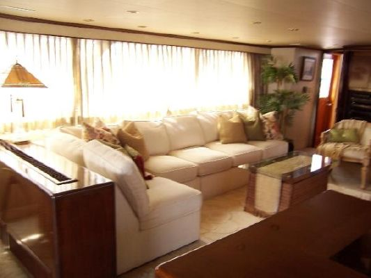 Broward Pilothouse MY 1982 Pilothouse Boats for Sale