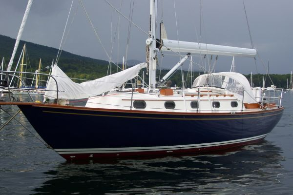 Cape Dory Cutter 1982 Sailboats for Sale