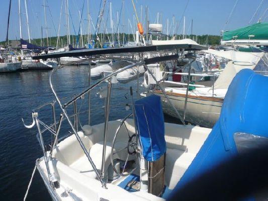 CS 33 1982 All Boats