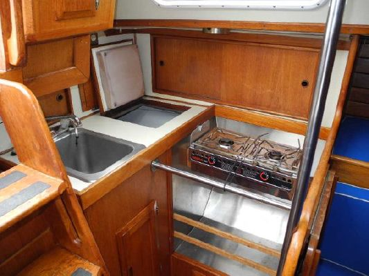 Boats for Sale & Yachts Ericson 33RH 1982 All Boats