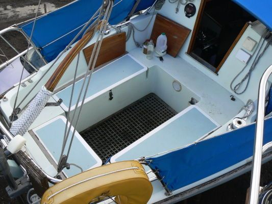 Halmatic 30 1982 All Boats
