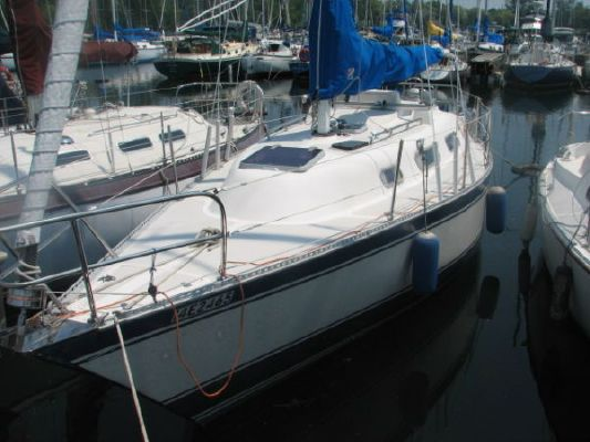 Boats for Sale & Yachts Hughes Columbia Hughes 31 SE 1982 All Boats