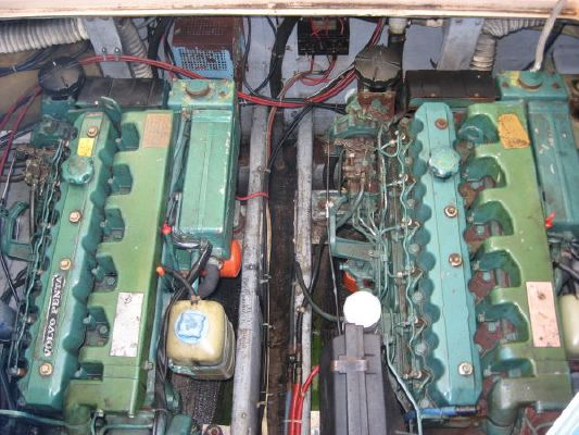 Topaz Diesel on Volvo Diesel Engines In 32 Topaz Boats