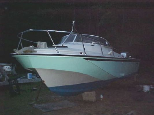Boston Whaler Revenge Cuddy 1983 Boston Whaler Boats