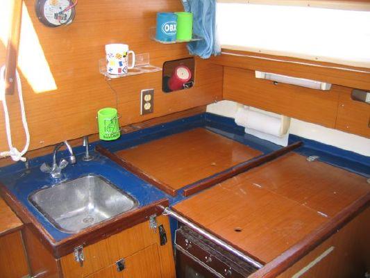 1983 dufour 3800 sloop  10 1983 Dufour 3800 Sloop