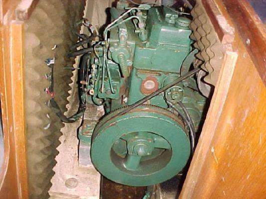 1983 dufour 3800 sloop  17 1983 Dufour 3800 Sloop
