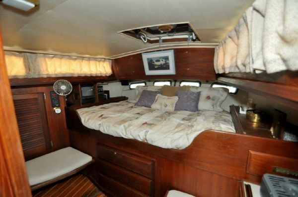 Pathfinder Boats For Sale >> 1983 Islander Yachts Freeport 41 - Boats Yachts for sale