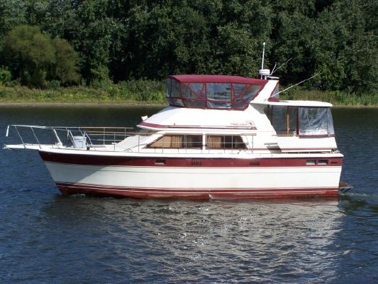 Trojan Motor Yacht 1983 All Boats