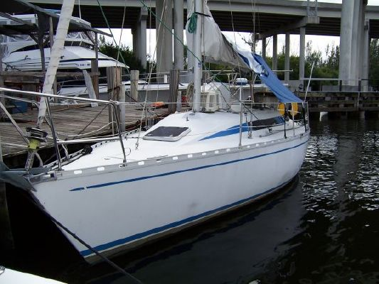 Beneteau First 32 1984 Beneteau Boats for Sale Sailboats for Sale