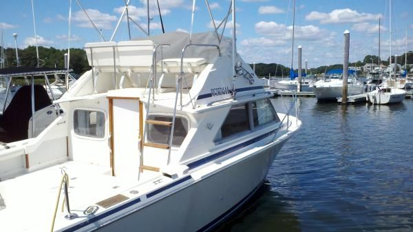 Bertram 28 Flybridge 1984 Bertram boats for sale Flybridge Boats for Sale