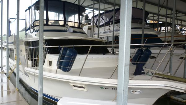 Boats for Sale & Yachts Bluewater WHEELCHAIR ACCESSIBLE 1984