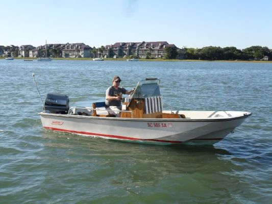 1984 Boston Whaler 17 Montauk Boats Yachts For Sale