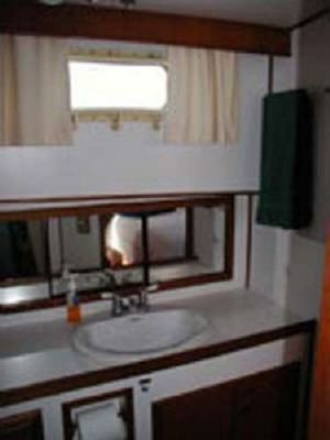 Defever Offshore Cruiser 1984 Trawler Boats for Sale