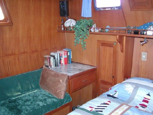 FHB Sundeck Trawler 1984 Trawler Boats for Sale
