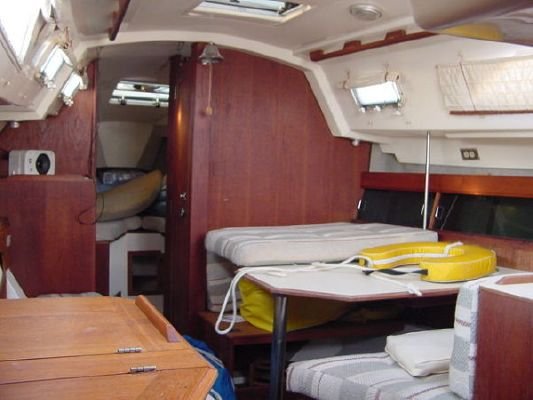 1984 hunter deep keel version  15 1984 Hunter Deep Keel version