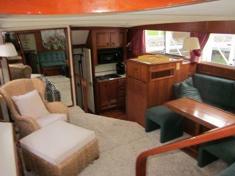 1984 uniflite 46 motor yacht  13 1984 Uniflite 46 Motor Yacht