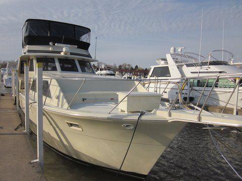 1984 uniflite 46 motor yacht  2 1984 Uniflite 46 Motor Yacht
