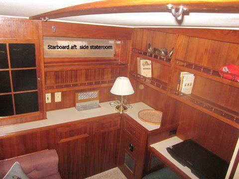 1984 uniflite 46 motor yacht  24 1984 Uniflite 46 Motor Yacht