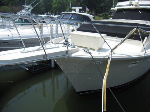 1984 uniflite 46 motor yacht  5 1984 Uniflite 46 Motor Yacht