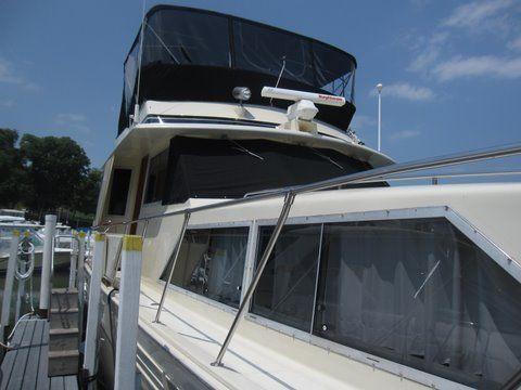 1984 uniflite 46 motor yacht  6 1984 Uniflite 46 Motor Yacht